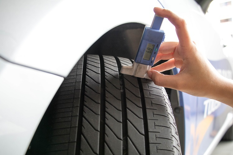 AFFORDABLE CAR TYRE REPLACEMENT IN SINGAPORE